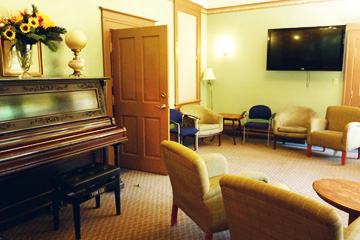 Vancouver Barclay Manor - Piano Room Rental
