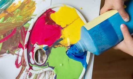 Art Pouring for Kids – Get Creative This Spring!